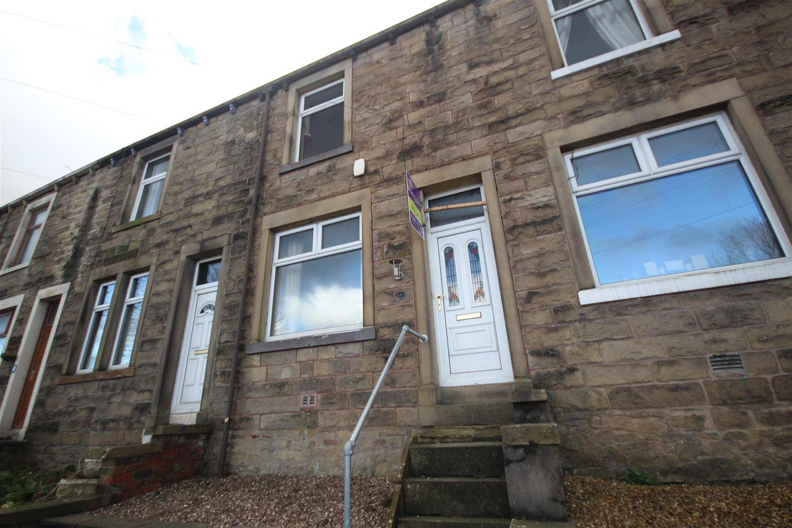 3 bedroom mid terrace house To Let in Barnoldswick - 2016-02-03 13.35.27.jpg
